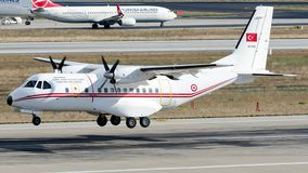 94-068 fuerza aérea turca, casa CN-235-100 Fotos de archivo libres de regalías
