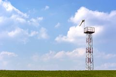 Fuerza y dirección de medición del viento usando un cono foto de archivo libre de regalías