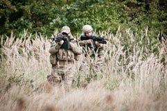 Fuerzas especiales en patrulla Foto de archivo libre de regalías