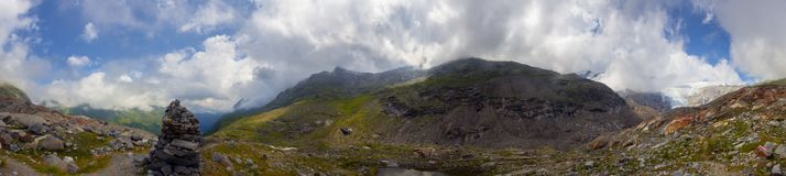Fuga da geleira de Innergschloess nos cumes Fotografia de Stock
