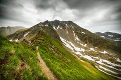 Fuga de caminhada nas montanhas romenas Fotografia de Stock Royalty Free