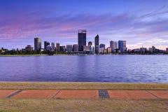 Fuga de passeio do rio do nascer do sol de Perth CBD Imagem de Stock