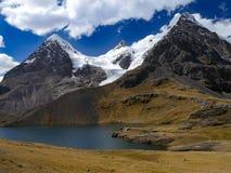 Fuga do ausangate do Peru fotografia de stock royalty free