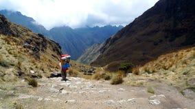 Fuga do Inca em montanhas de Andes de Peru fotografia de stock royalty free