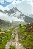 A fuga nas montanhas Imagens de Stock Royalty Free
