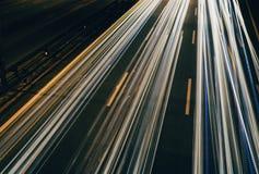 Fugas da luz na estrada fotos de stock