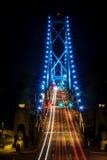 Fugas da luz na ponte Foto de Stock