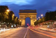 Fugas de Arc de Triomphe e de luz Imagem de Stock