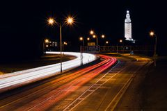 Fugas de um estado a outro da luz que movem-se através de Baton Rouge Fotografia de Stock