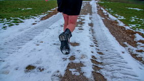Fuggendo nella neve
