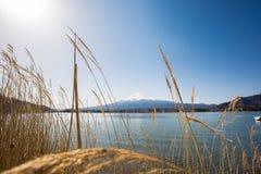 Fuji en el lago Kawaguchiko Imagen de archivo libre de regalías