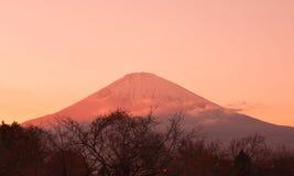 Fuji góra w wieczór czasie Zdjęcia Royalty Free