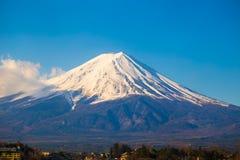 Fuji góry krajobrazu niebieskie niebo Obrazy Royalty Free