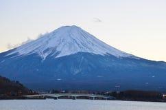 Fuji jest dużym wulkanem w Japonia obraz royalty free
