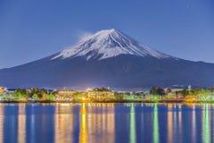 Fuji Jeziorny Kawaguchiko przy nocą Obrazy Royalty Free