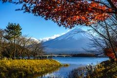 Fuji Kawaguchiko Autumn Leaves Festival Royaltyfri Bild