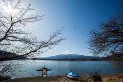 Fuji på Kawaguchiko sjön Fotografering för Bildbyråer