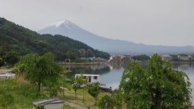 Fujiberg en meerkawaguchiko stock afbeelding