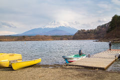 Fujisan e Shoji del lago Fotografie Stock Libere da Diritti