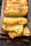 Fuktigt bröd för grönsak med zucchinin, ost, ägg fotografering för bildbyråer