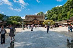 FUKUOKA, JAPAN - SEPTEMBER 26, 2014: Dazaifuheiligdom in Fukuoka, Stock Foto's