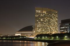 fukuoka nocy momochi morzem widok obraz royalty free