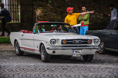 FULDA, DUITSLAND - MAI 2013: 1965 Ford Mustang Convertible-cabrio Stock Fotografie