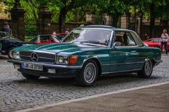 FULDA, NIEMCY - MAI 2013: Mercedes-Benz SL R107 coupe retro samochód Zdjęcia Stock