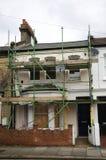Fulham Haus mit Baugerüst Lizenzfreies Stockbild