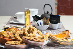 Full breakfast table ready to be served in a hotel Stock Photography