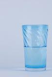 full glass hälft Fotografering för Bildbyråer