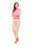 Full längdstående av le posera för kvinnlig Royaltyfri Fotografi