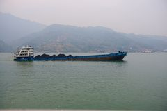 Full loaded steamship with coal on the Yangtze River Stock Images
