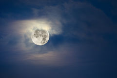 Full moon and cloudy sky Royalty Free Stock Photography