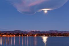 Full Moon over Lake Royalty Free Stock Photography