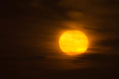 Full moon over the ocean Royalty Free Stock Images