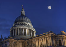 Full moon over St. Pauls cathedral Royalty Free Stock Image