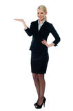 Full shot of female executive Royalty Free Stock Images