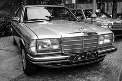 Full-size luxury car Mercedes-Benz 230C (W123), 1984 Stock Photography