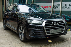 Full-size luxury crossover SUV Audi Q7 3.0 TDI quattro Stock Photo