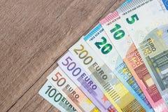 full uppsättning 5 10 20 50 100 200 500 av euro Royaltyfria Foton
