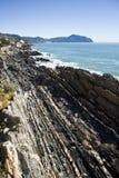 fulla rocks för kust Royaltyfria Foton