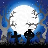 Fullmåne över kyrkogården Royaltyfri Foto