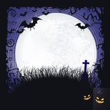 Fullmåneallhelgonaaftonbakgrund med slagträn, korset och fullmånen Royaltyfria Foton