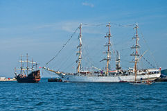 Fullrigger pendant la course grande de bateaux photographie stock