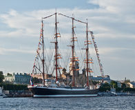 Fullrigger russe dans le St Petersbourg Photo libre de droits