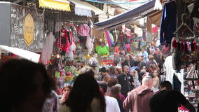 Fullsatt färgrik marknad stock video