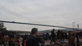 Fullsatt folk, Istanbul stad, December 2016, Turkiet arkivfilmer