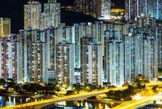 Fullsatt i stadens centrum byggnad i Hong Kong Royaltyfria Bilder