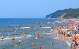Fullsatt strand-Polen-baltiskt hav för sommar Royaltyfria Bilder